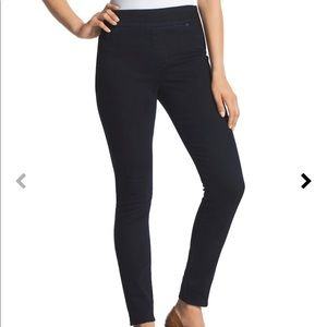 NWT- Chicos the So Perfect Legging (still in bag!)